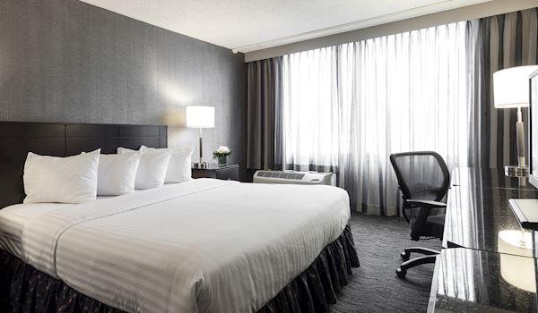 ADA King Suite
